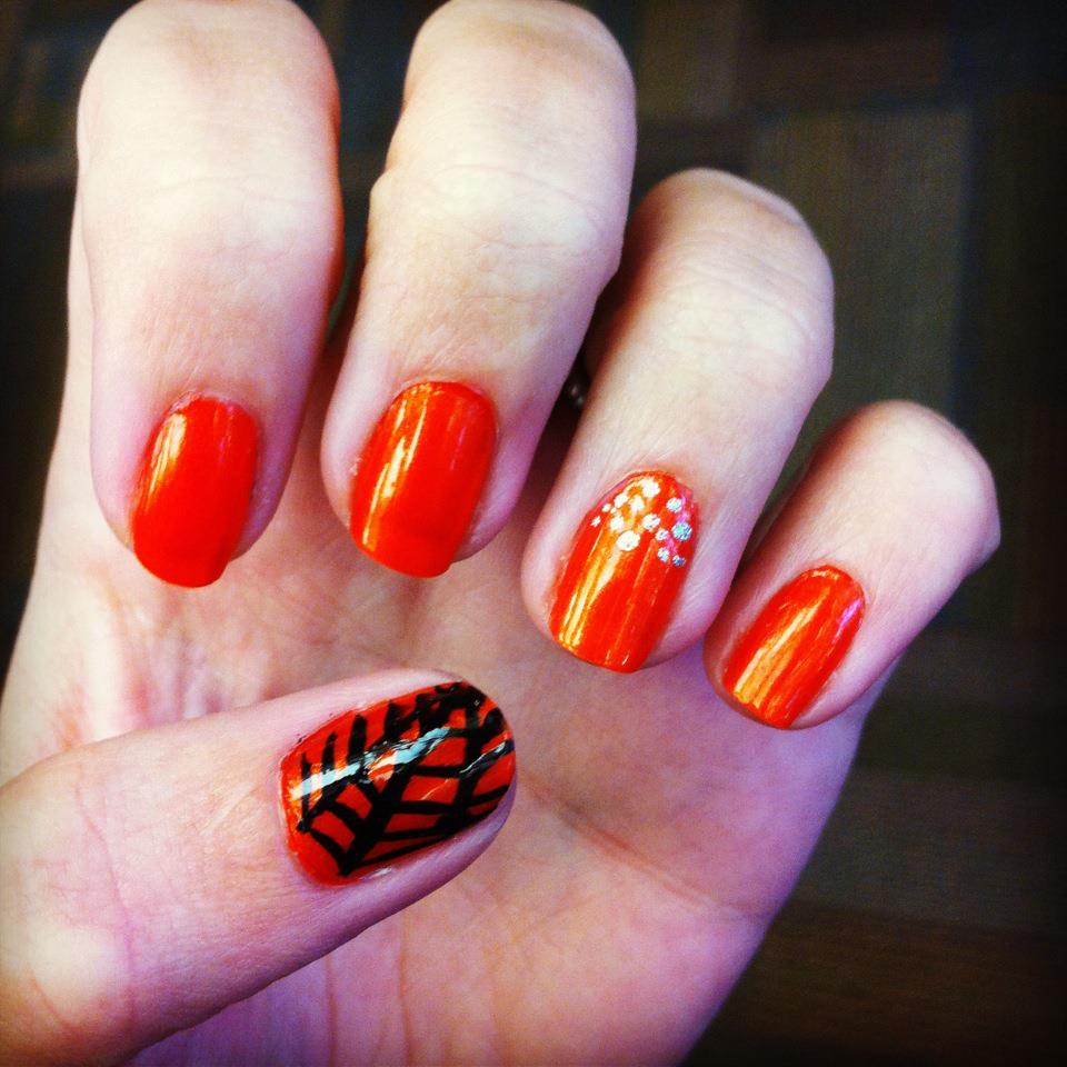 Halloween Nail Art Designs Without Nail Salon Prices: Paint That Thyroid Problem